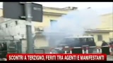 21/10/2010 - Scontri Terzigno, feriti tra agenti e manifestanti