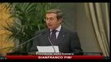 26/10/2010 - Rifiuti, Fini: dolore per il tricolore bruciato a Terzigno