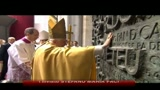 Il papa in Spagna, protesta della comunit gay a Barcellona