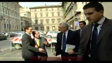 09/11/2010 - Bossi: con Fini tratto io, governo va avanti