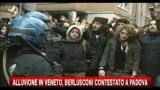 09/11/2010 - Veneto, Berlusconi contestato a Padova