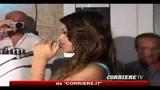 12/11/2010 - Ruby arriva in Ferrari alla festa di un noto locale genovese