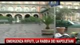 Emergenza rifiuti, la rabbia dei napoletani