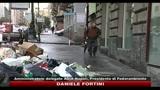 Rifiuti, ancora tonnellate di immondizia per strada