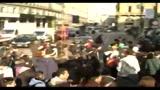 Studenti in piazza, a Milano assaltata l'agenzia delle entrate