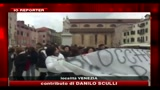 30/11/2010 - Proteste a Venezia, le immagini di Io Reporter