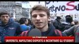 22/12/2010 - Napoli, manifestazione contro ddl Gelmini, parlano gli studenti