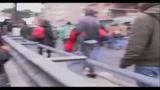 22/12/2010 - Università, studenti sfilano su A24 Roma-L'Aquila