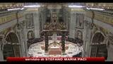 24/12/2010 - Alle 22 il papa celebra la messa della notte di Natale in San Pietro