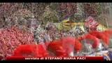 25/12/2010 - Messa di Natale, il papa: Dio spezzi i bastoni degli aguzzini