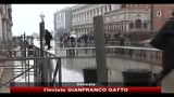 05/01/2011 - Acqua alta a Venezia, 2010 anno record