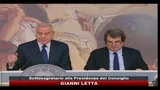 26/01/2011 - Letta: governo non  paralizzato, opera bene