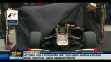 01/02/2011 - F1, via i veli dalla Lotus...come quella di Ayrton Senna