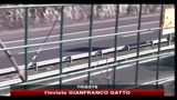 Camionista ubriaco contromano in autostrada, morti padre e figlia