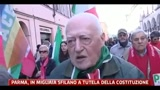 19/02/2011 - Parma, in migliaia sfilano a tutela della Costituzione