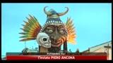 Carnevale, a Putignano un carro dedicato al Bunga Bunga