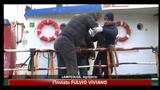 Lampedusa, 38 migranti salvati dal mare in tempesta