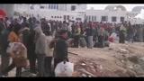 27/02/2011 - Esodo Libia, emergenza sanitaria al confine con la Tunisia