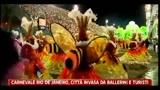 Carnevale di Rio De Janeiro, la città invasa da ballerini e turisti