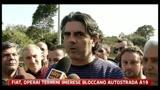 FIAT, gli operai di Termini Imerese bloccano l'autostrada A19