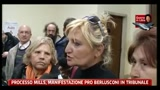 Processo Mills, manifestazione pro Berlusconi in tribunale
