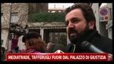 28/03/2011 - Mediatrade, tafferugli fuori dal Palazzo di Giustizia