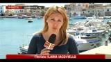 750 migranti ancora sull' isola, da domani i rimpatri
