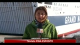 12/04/2011 - Lampedusa, incendio in centro accoglienza, tunisini fuggiti