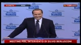 Meeting PDL, battuta di Berlusconi su omosessualit