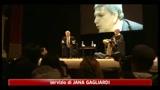 16/04/2011 - L'opposizione all'attacco di Berlusconi su scuola e giustizia
