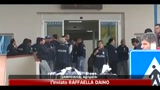 16/04/2011 - Lampedusa, nella ex base militare i 229 profughi sbarcati ieri