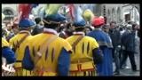 Pasqua Firenze, il volo della colombina in Piazza Duomo