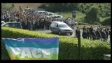 Centinaia di persone ai funerali di Vittorio Arrigoni