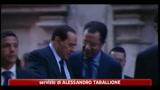 28/04/2011 - Immigrati, Berlusconi: Italia deve cavarsela da sola