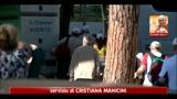 Wojtyla, in migliaia in preghiera al Circo Massimo