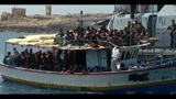 06/05/2011 - Lampedusa, giunti 248 migranti: pronti i trasferimenti