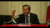 11/05/2011 - Fini, da immaturi attaccare Quirinale e Consulta