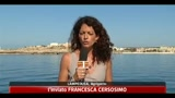 14/05/2011 - Lampedusa, 1800 migranti sull'isola: situazione sotto controllo