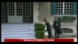 G8, Carla Bruni incinta accoglie le mogli dei leader