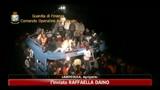 30/05/2011 - Lampedusa, soccorso barcone in avaria dopo rifiuto Malta