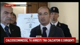 Calcio scommesse, 16 arresti tra calciatori e dirigenti