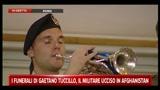 05/07/2011 - Funerali Tuccillo, il minuto di silenzio per commemorare il militare