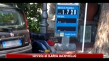 Benzina, continuano a salire i prezzi: verde a 1,621 al litro