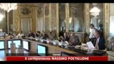 Rapporto Intesa San Paolo, gli italiani risparmiano meno