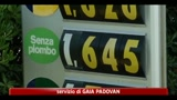 26/07/2011 - Benzina, nuovo record storico: 1,641 euro al litro