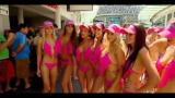 Australia, una sfilata in bikini da record