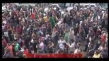 Roma, studenti lanciano uova e arance davanti Senato