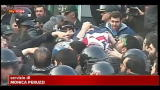 Iran, attaccata l'ambasciata britannica