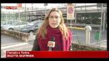 Caccia all'auto pirata a Torino, recuperato fanale