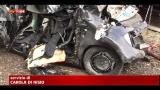 Roma, camion travolge auto: morti 5 ragazzi